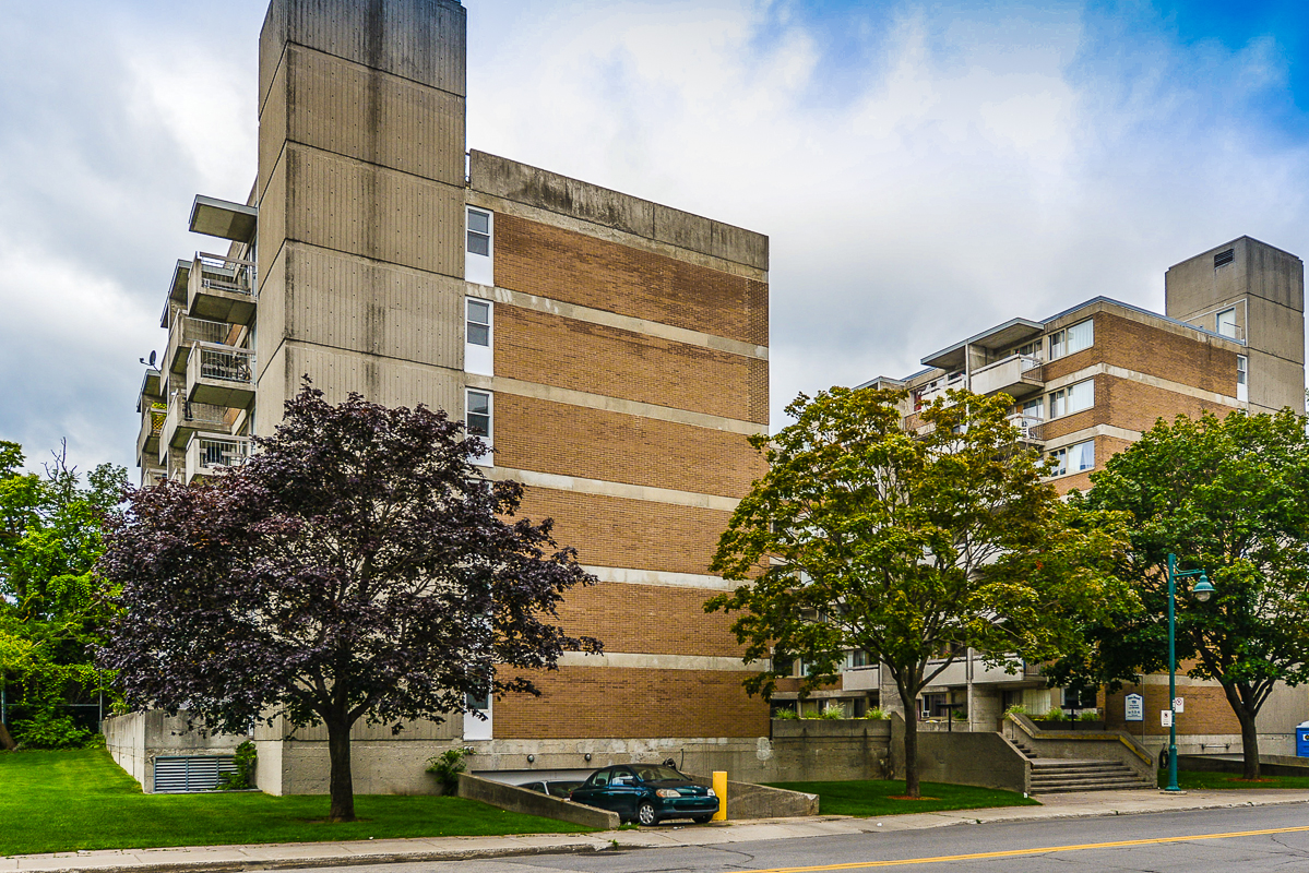 Studio / Bachelor Apartments for rent in Dorval at Tours Dorval - Photo 02 - RentQuebecApartments – L5544