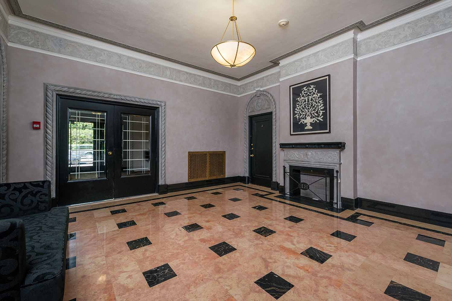 luxurious 1 bedroom Apartments for rent in Montreal (Downtown) at Haddon Hall - Photo 01 - RentQuebecApartments – L2256