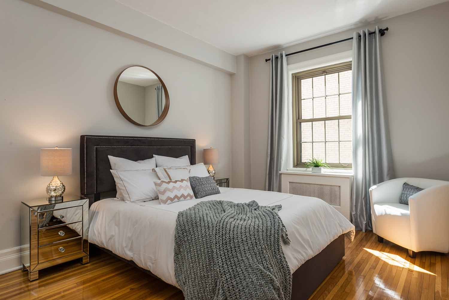 luxurious 1 bedroom Apartments for rent in Montreal (Downtown) at Haddon Hall - Photo 05 - RentQuebecApartments – L2256