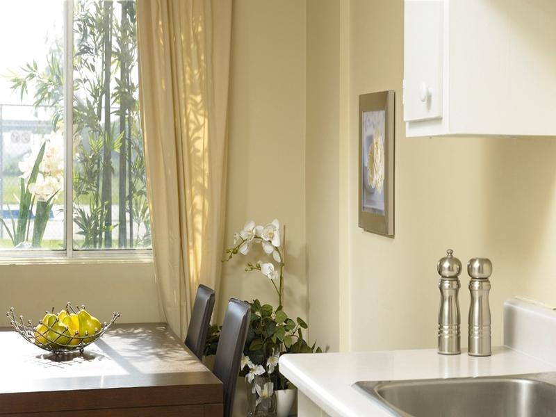 1 bedroom Apartments for rent in La Cite-Limoilou at Le Complexe Montserrat - Photo 03 - RentQuebecApartments – L168592