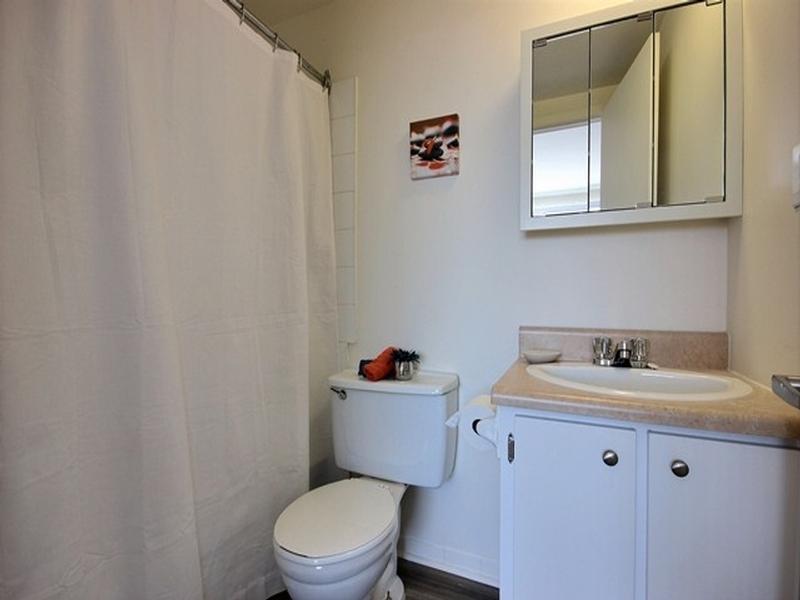1 bedroom Apartments for rent in La Cite-Limoilou at Le Complexe Montserrat - Photo 04 - RentQuebecApartments – L168592