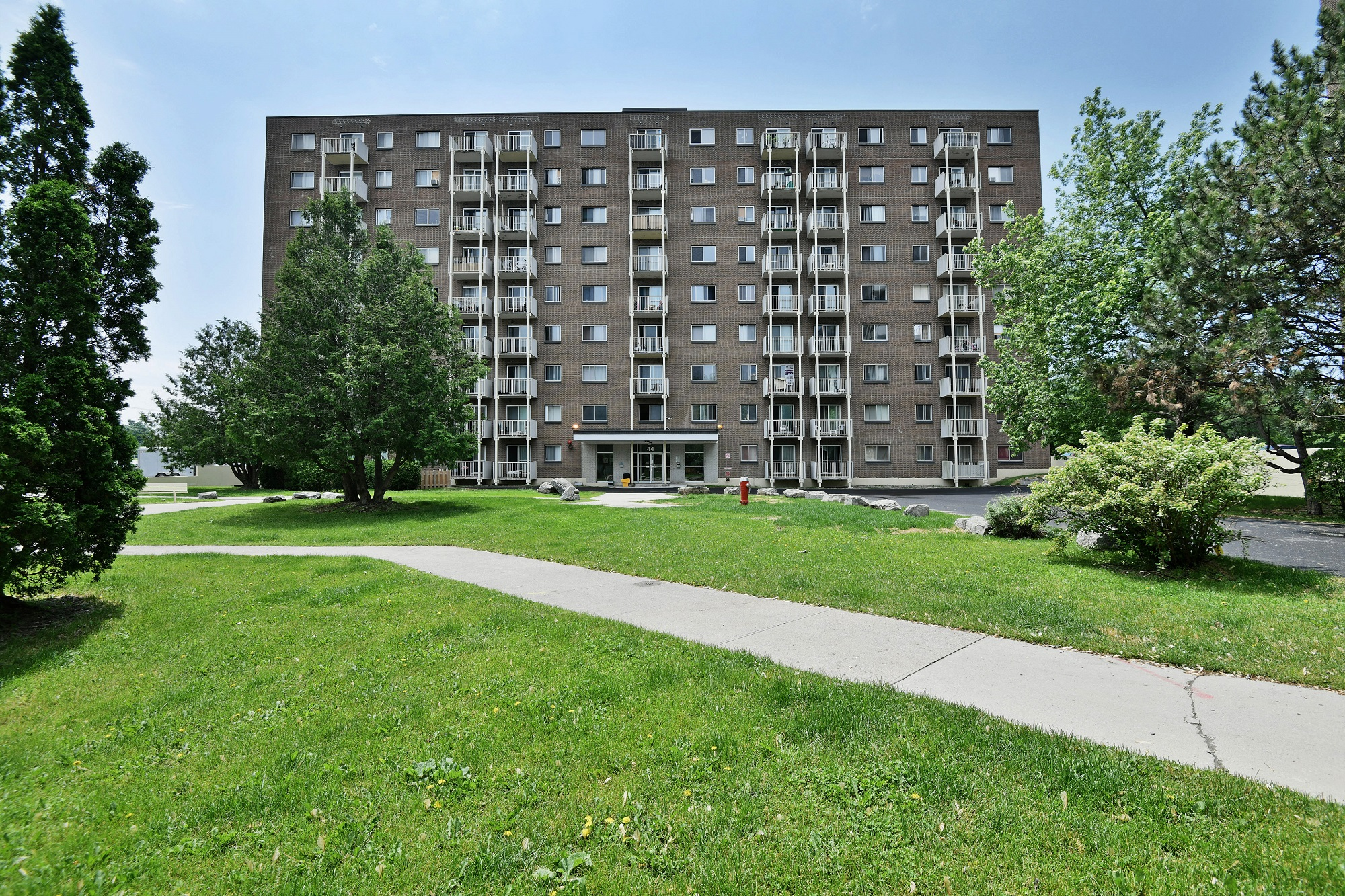1 bedroom Apartments for rent in Gatineau-Hull at Habitat du Lac Leamy - Photo 02 - RentQuebecApartments – L401592
