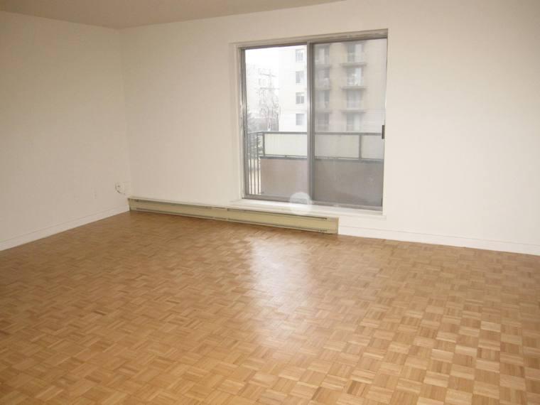 2 bedroom Apartments for rent in Ville St-Laurent - Bois-Franc at Plaza Oasis - Photo 20 - RentQuebecApartments – L1792