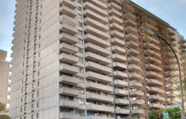 2 bedroom Apartments for rent in Montreal at St Marc - Photo 01 - RentQuebecApartments – L9539