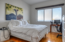 2 bedroom Apartments for rent in Montreal (Downtown) at Place du Cercle - Photo 01 - RentQuebecApartments – L1150
