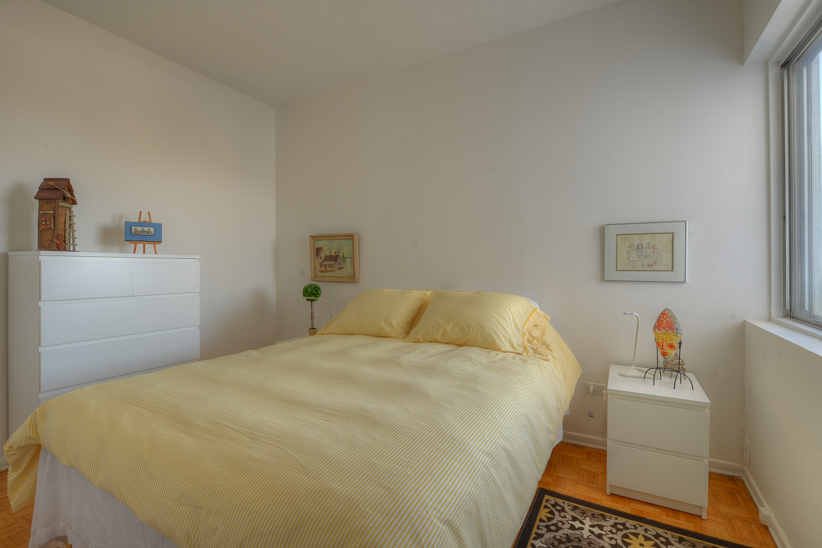 2 bedroom Apartments for rent in Montreal (Downtown) at Place du Cercle - Photo 07 - RentQuebecApartments – L1150