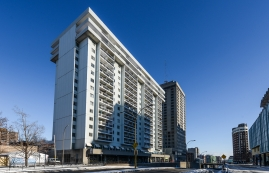 2 bedroom Apartments for rent in Montreal at Place du Cercle - Photo 01 - RentQuebecApartments – L1150