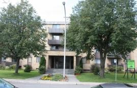 2 bedroom Apartments for rent in Ville St-Laurent - Bois-Franc at 2775 Modugno - Photo 01 - RentQuebecApartments – L23640