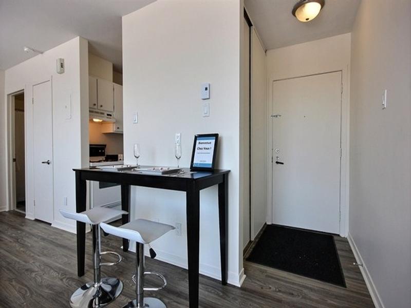 Studio / Bachelor Apartments for rent in La Cite-Limoilou at Le Complexe Montserrat - Photo 03 - RentQuebecApartments – L168591