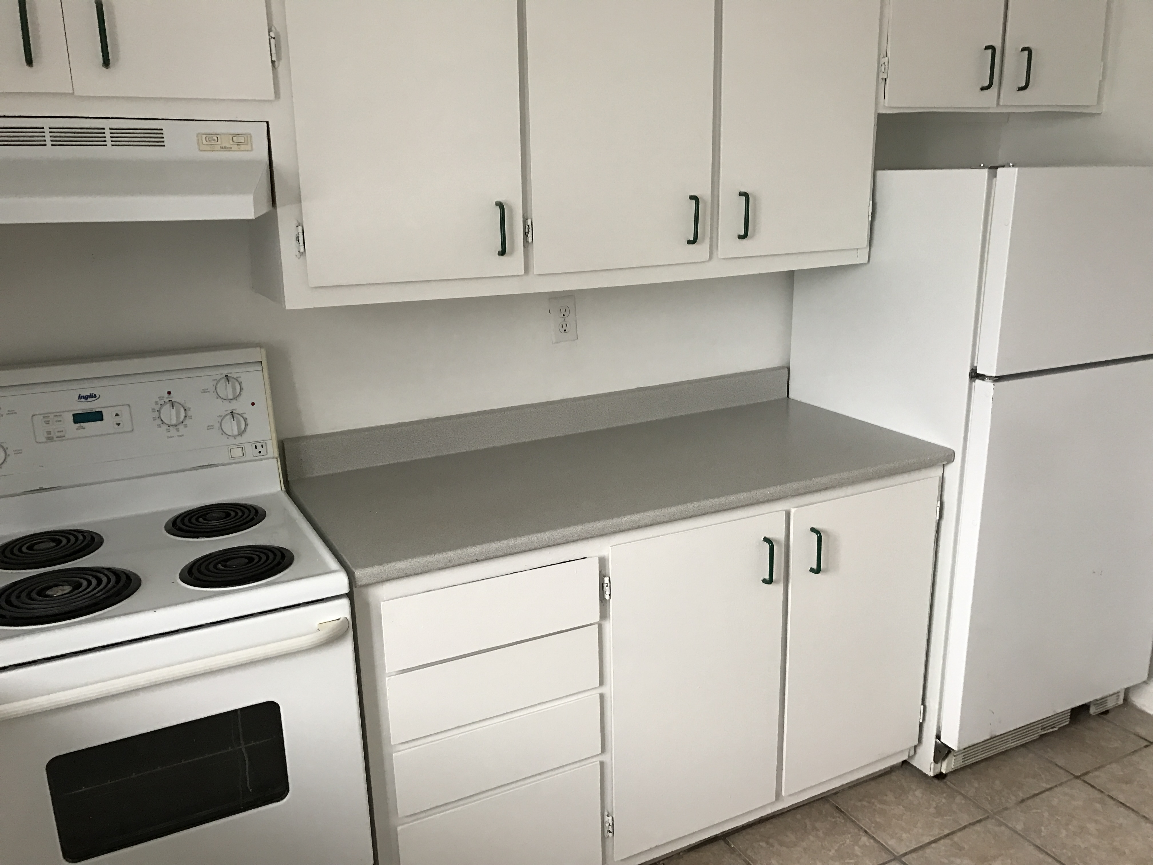 1 bedroom Apartments for rent in Pierrefonds-Roxboro at 16440 Blvd Gouin - Photo 07 - RentQuebecApartments – L403873
