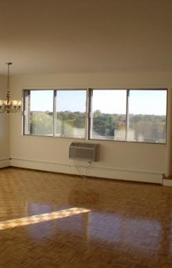 3 bedroom Apartments for rent in Cote-St-Luc at 5150 MacDonald - Photo 05 - RentQuebecApartments – L5751