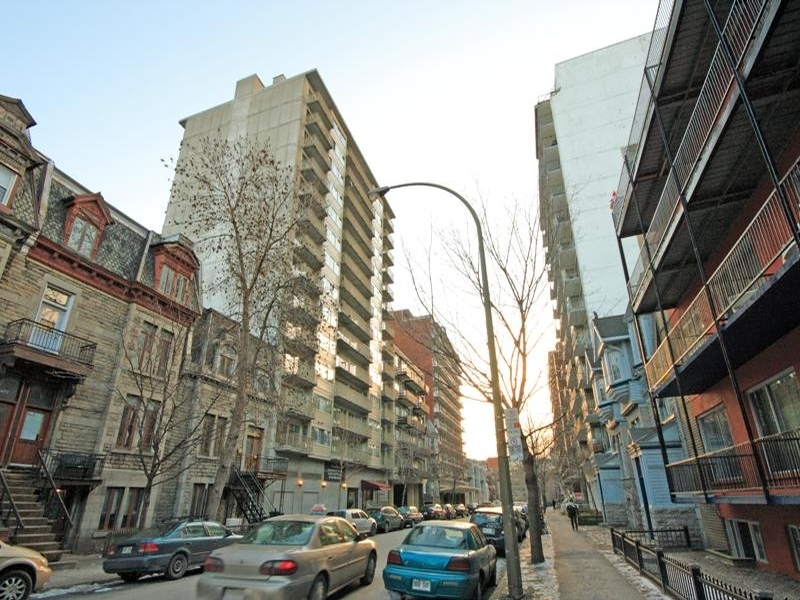 1 bedroom Apartments for rent in Montreal (Downtown) at Le Barcelona - Photo 02 - RentQuebecApartments – L6052