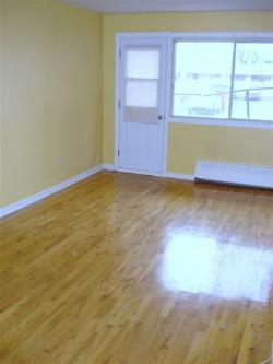 1 bedroom Apartments for rent in St. Leonard at Parkview Realties - Photo 02 - RentQuebecApartments – L642