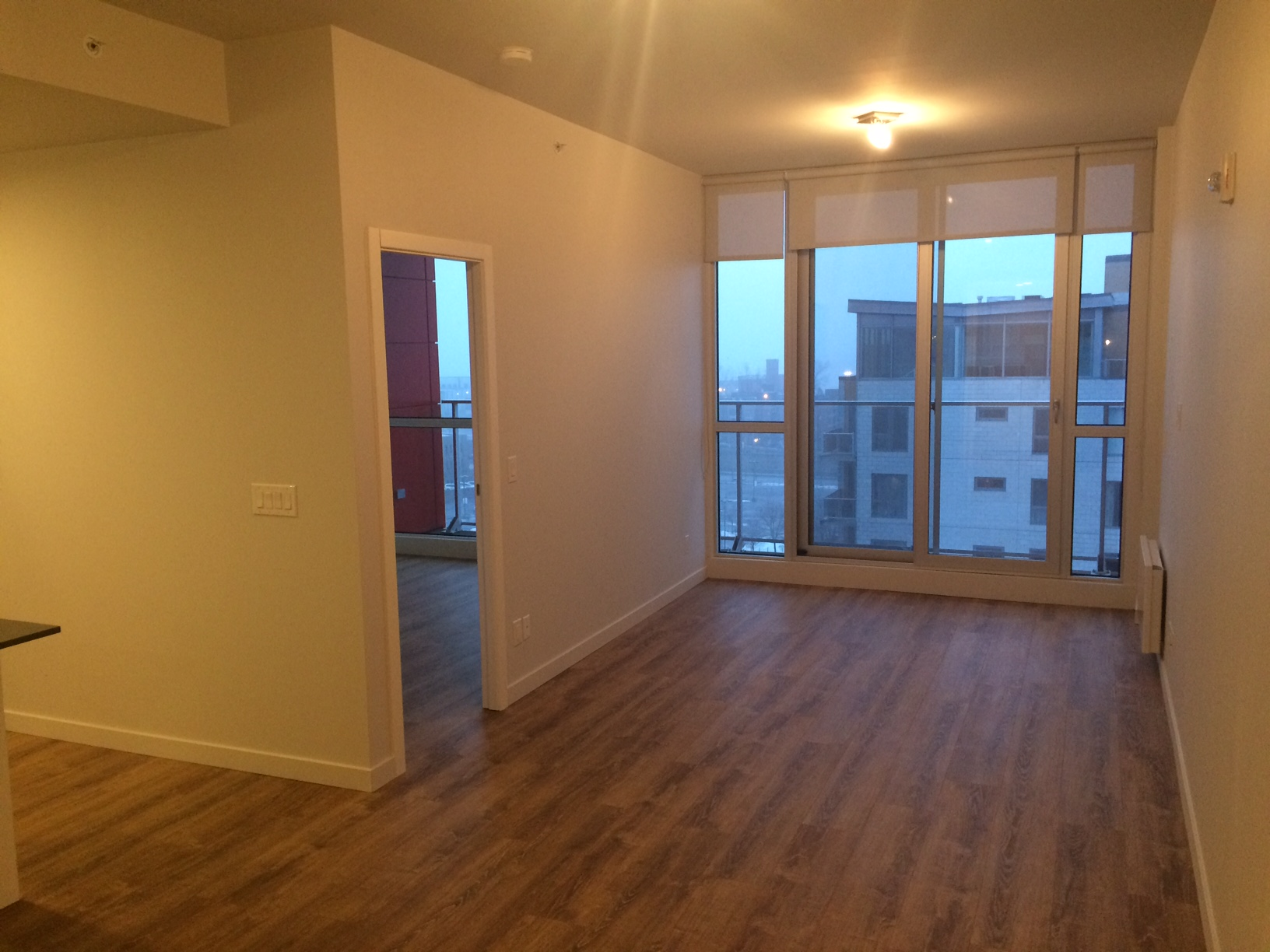 luxurious 1 bedroom Apartments for rent in Montreal (Downtown) at Le Rubic - Photo 03 - RentQuebecApartments – L198455