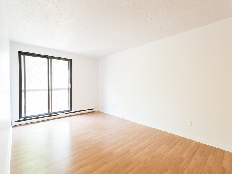 Studio / Bachelor Apartments for rent in Sainte Julie at Le Champfleury - Photo 02 - RentQuebecApartments – L168598