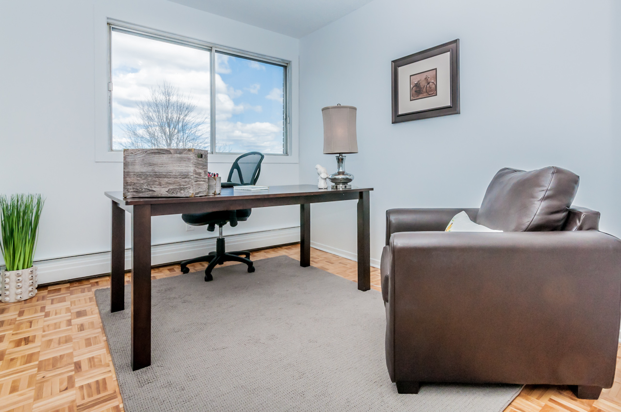 3 bedroom Apartments for rent in Gatineau-Hull at Place Charles Albanel - Photo 02 - RentQuebecApartments – L8897