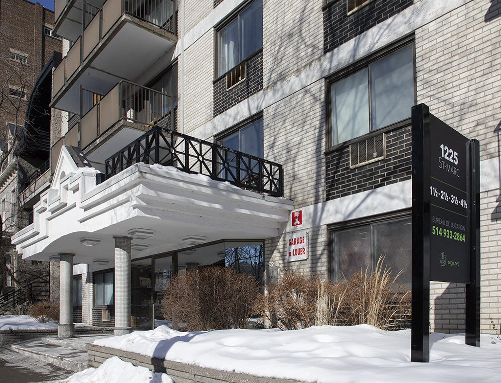 Studio / Bachelor Apartments for rent in Montreal (Downtown) at Le Marco Appartements - Photo 02 - RentQuebecApartments – L401544