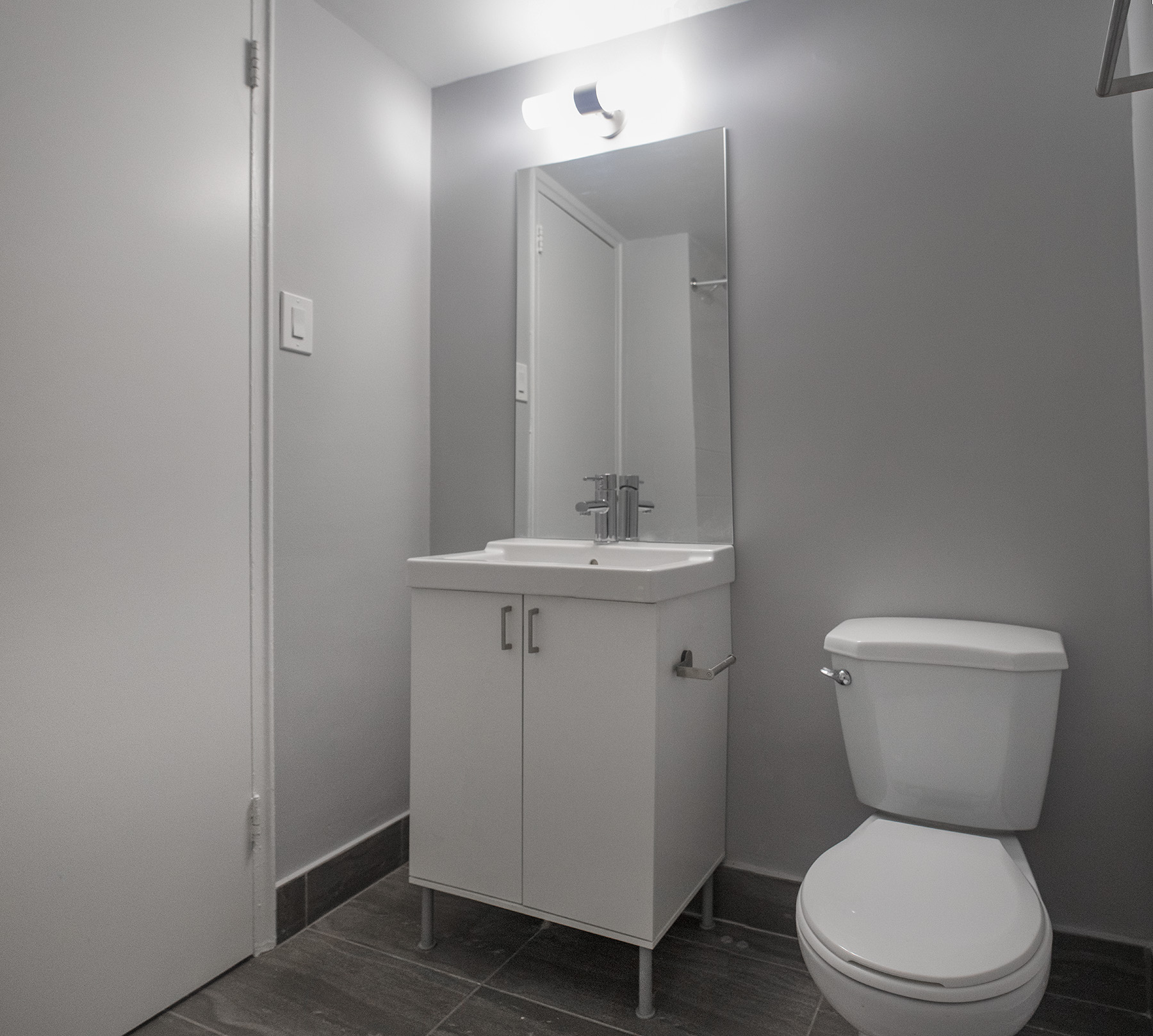 Studio / Bachelor Apartments for rent in Montreal (Downtown) at Le Marco Appartements - Photo 12 - RentQuebecApartments – L401544