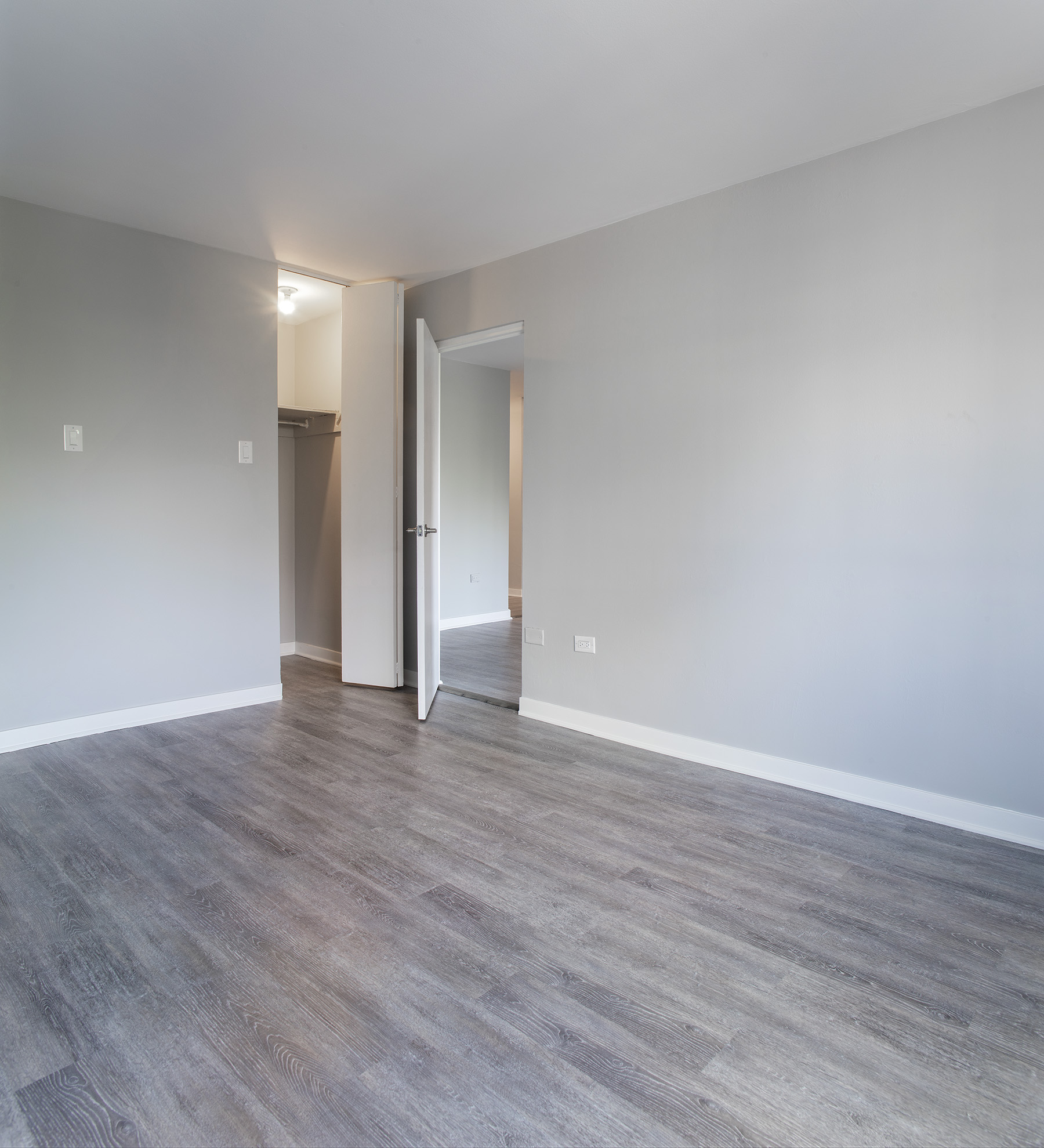 Studio / Bachelor Apartments for rent in Montreal (Downtown) at Le Marco Appartements - Photo 11 - RentQuebecApartments – L401544