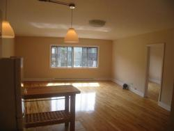 Studio / Bachelor Apartments for rent in Montreal (Downtown) at 3687 Clark - Photo 02 - RentQuebecApartments – L6442
