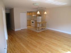 Studio / Bachelor Apartments for rent in Montreal (Downtown) at 3687 Clark - Photo 08 - RentQuebecApartments – L6442