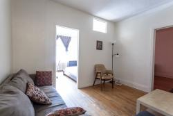 furnished 3 bedroom Apartments for rent in Cote-des-Neiges at 2219-2229 Edouard-Montpetit - Photo 02 - RentQuebecApartments – L1879