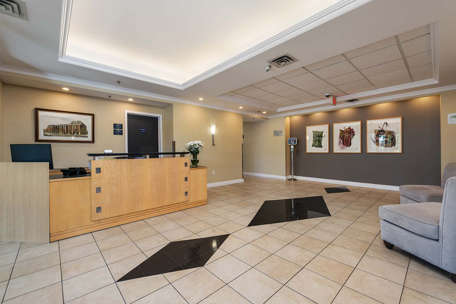 1 bedroom Apartments for rent in Cote-St-Luc at Excelsior - Photo 15 - RentQuebecApartments – L6070