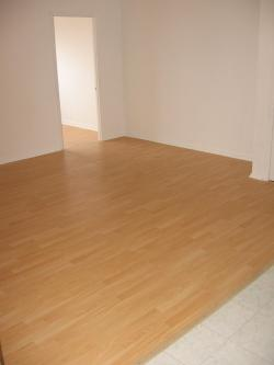 2 bedroom Apartments for rent in Pointe-aux-Trembles at 13900-13910 Sherbrooke East - Photo 01 - RentQuebecApartments – L1194