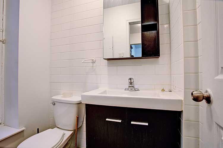 1 bedroom Apartments for rent in Westmount at 2054 Claremont - Photo 06 - RentQuebecApartments – L9823