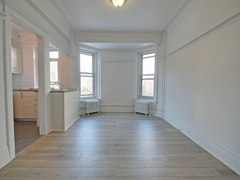 Studio / Bachelor Apartments for rent in Montreal (Downtown) at La Belle Epoque - Photo 04 - RentQuebecApartments – L168579