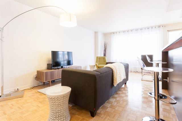 2 bedroom Apartments for rent in Montreal (Downtown) at Luna - Photo 10 - RentQuebecApartments – L4943