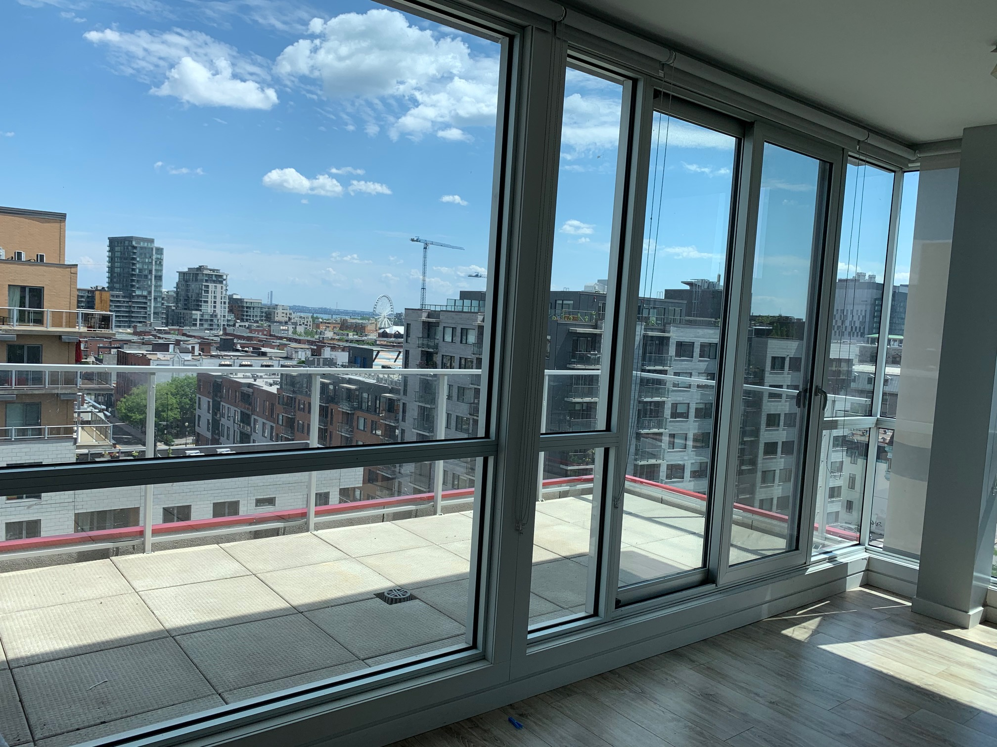 luxurious 2 bedroom Apartments for rent in Montreal (Downtown) at Le Rubic - Photo 06 - RentQuebecApartments – L405205