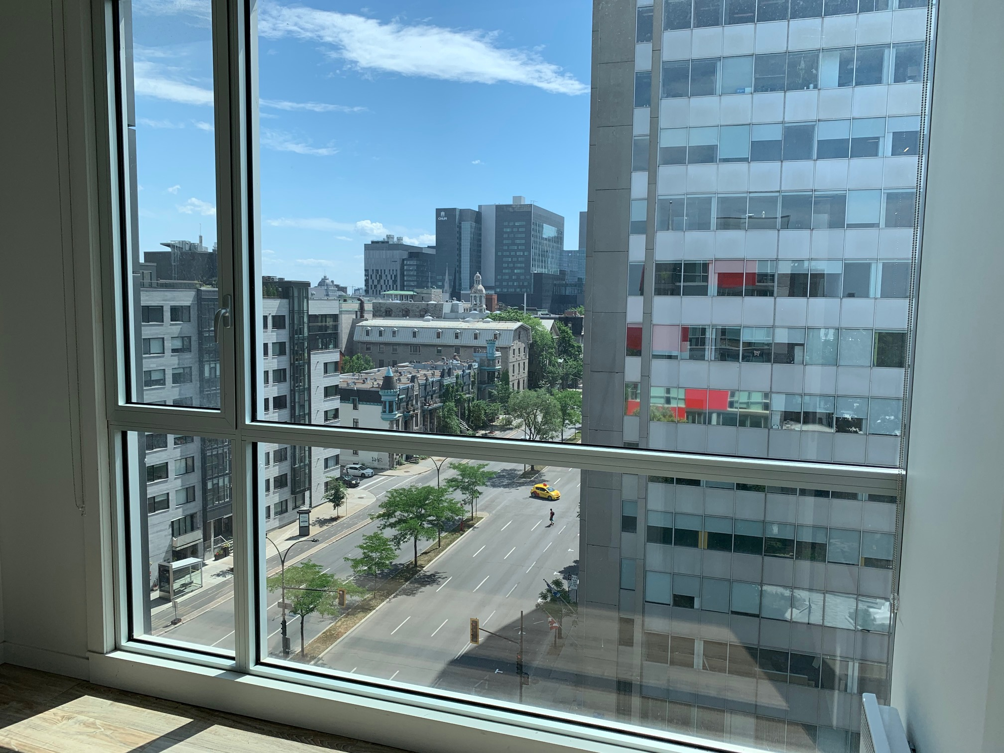 luxurious 2 bedroom Apartments for rent in Montreal (Downtown) at Le Rubic - Photo 09 - RentQuebecApartments – L405205