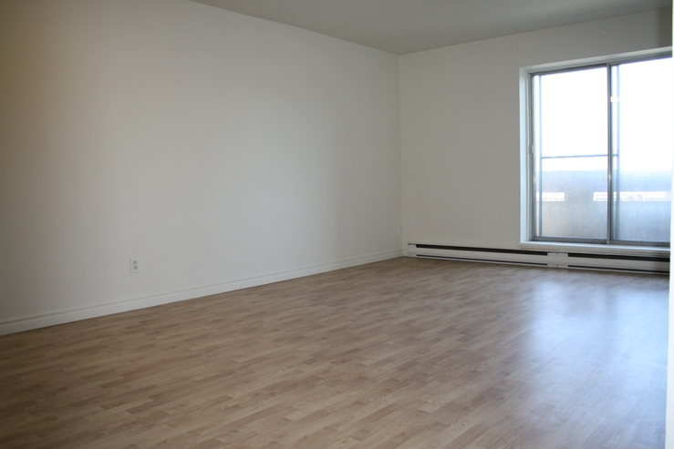 1 bedroom Apartments for rent in Ville St-Laurent - Bois-Franc at Plaza Oasis - Photo 15 - RentQuebecApartments – L605