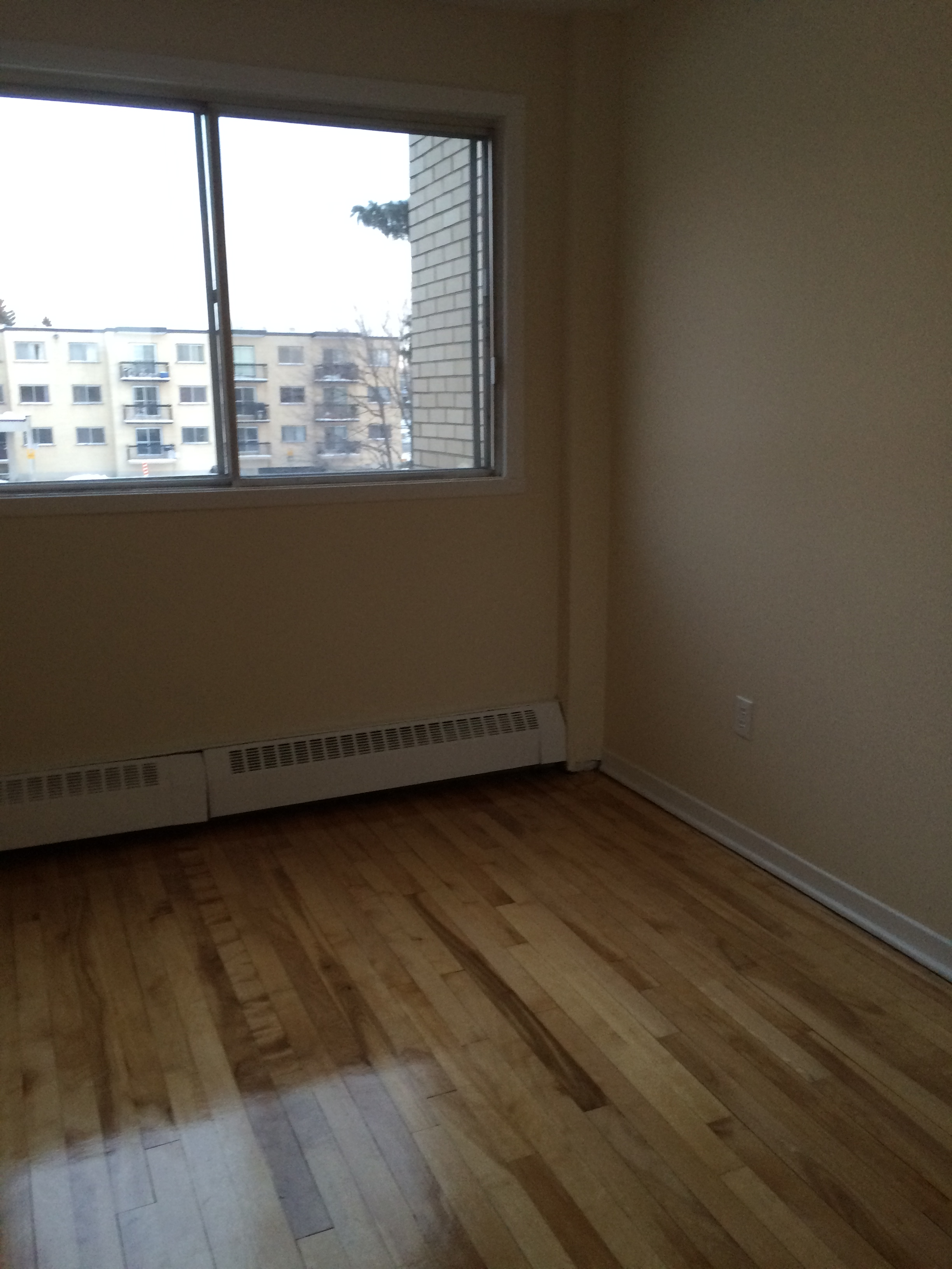 1 bedroom Apartments for rent in Pierrefonds-Roxboro at Place Riviera - Photo 07 - RentQuebecApartments – L35788