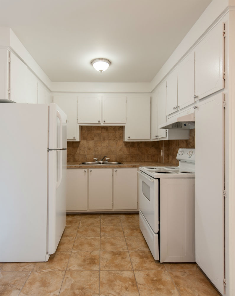 2 bedroom Apartments for rent in Pierrefonds-Roxboro at Place Riviera - Photo 04 - RentQuebecApartments – L35796