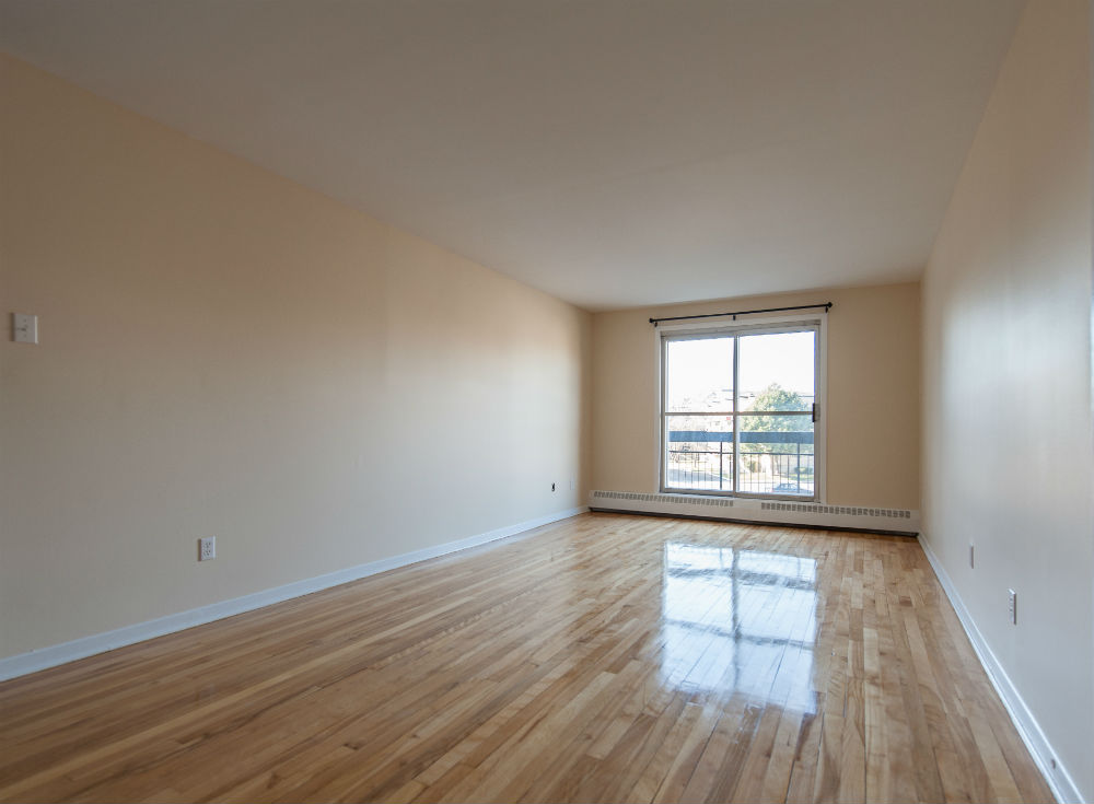 2 bedroom Apartments for rent in Pierrefonds-Roxboro at Place Riviera - Photo 10 - RentQuebecApartments – L35796