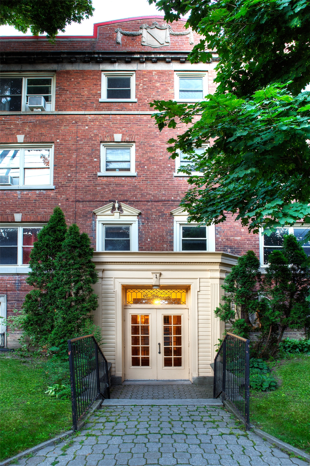 2 bedroom Apartments for rent in Hampstead at 1-2 Ellerdale - Photo 07 - RentQuebecApartments – L9523