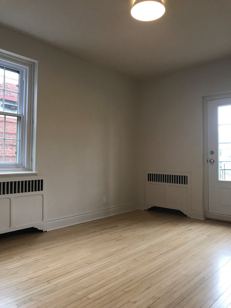 2 bedroom Apartments for rent in Hampstead at 1-2 Ellerdale - Photo 09 - RentQuebecApartments – L9523