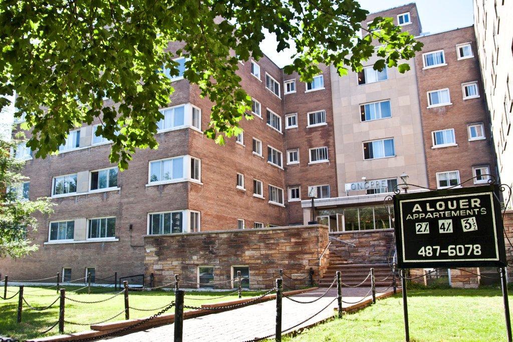 1 bedroom Apartments for rent in Notre-Dame-de-Grace at Longpre - Photo 05 - RentQuebecApartments – L1036