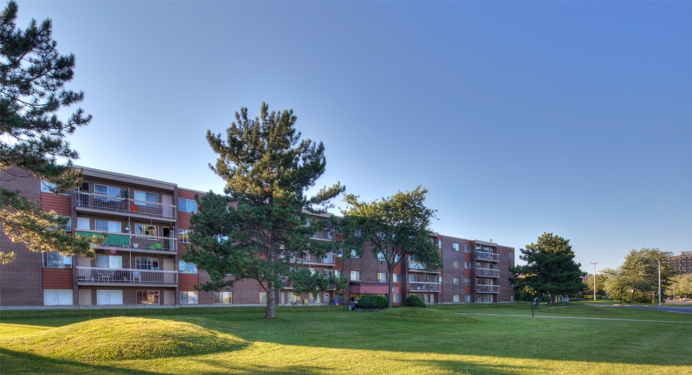 3 bedroom Apartments for rent in Laval at Papineau Leblanc - Photo 02 - RentQuebecApartments – L9531
