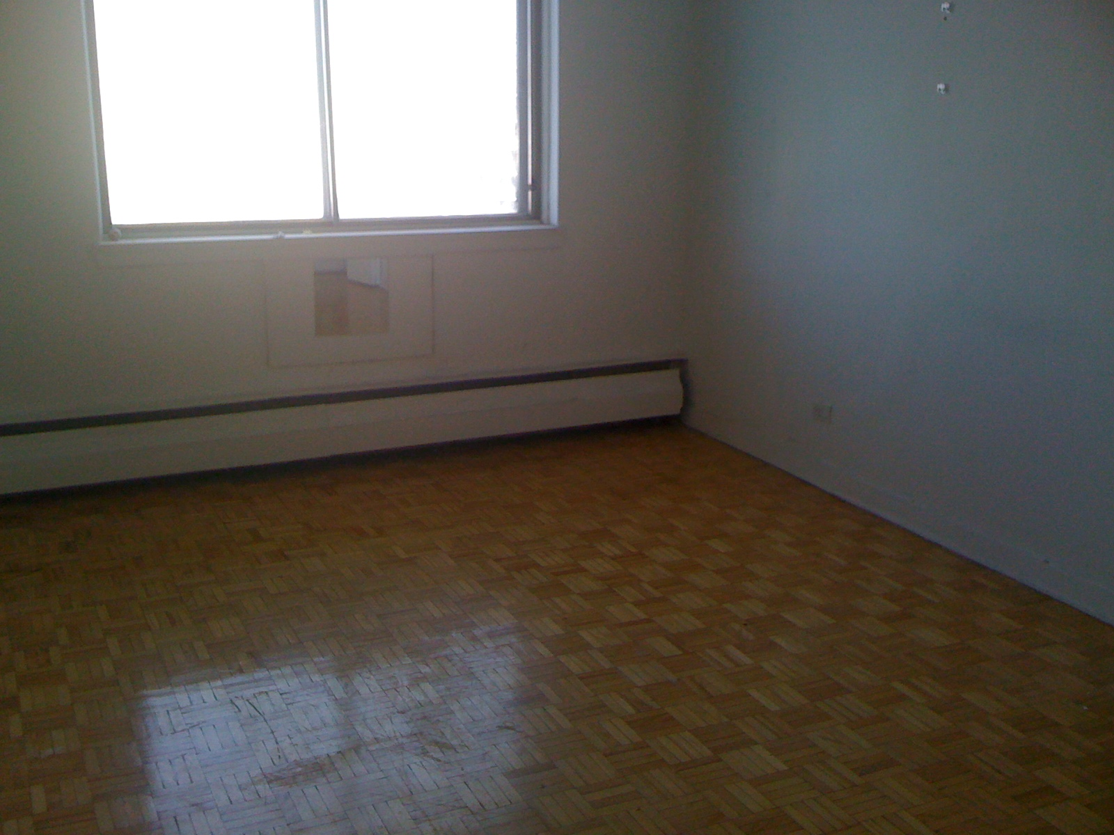1 bedroom Apartments for rent in Cote-des-Neiges at 4723-25-27-29 Fulton - Photo 01 - RentQuebecApartments – L202071