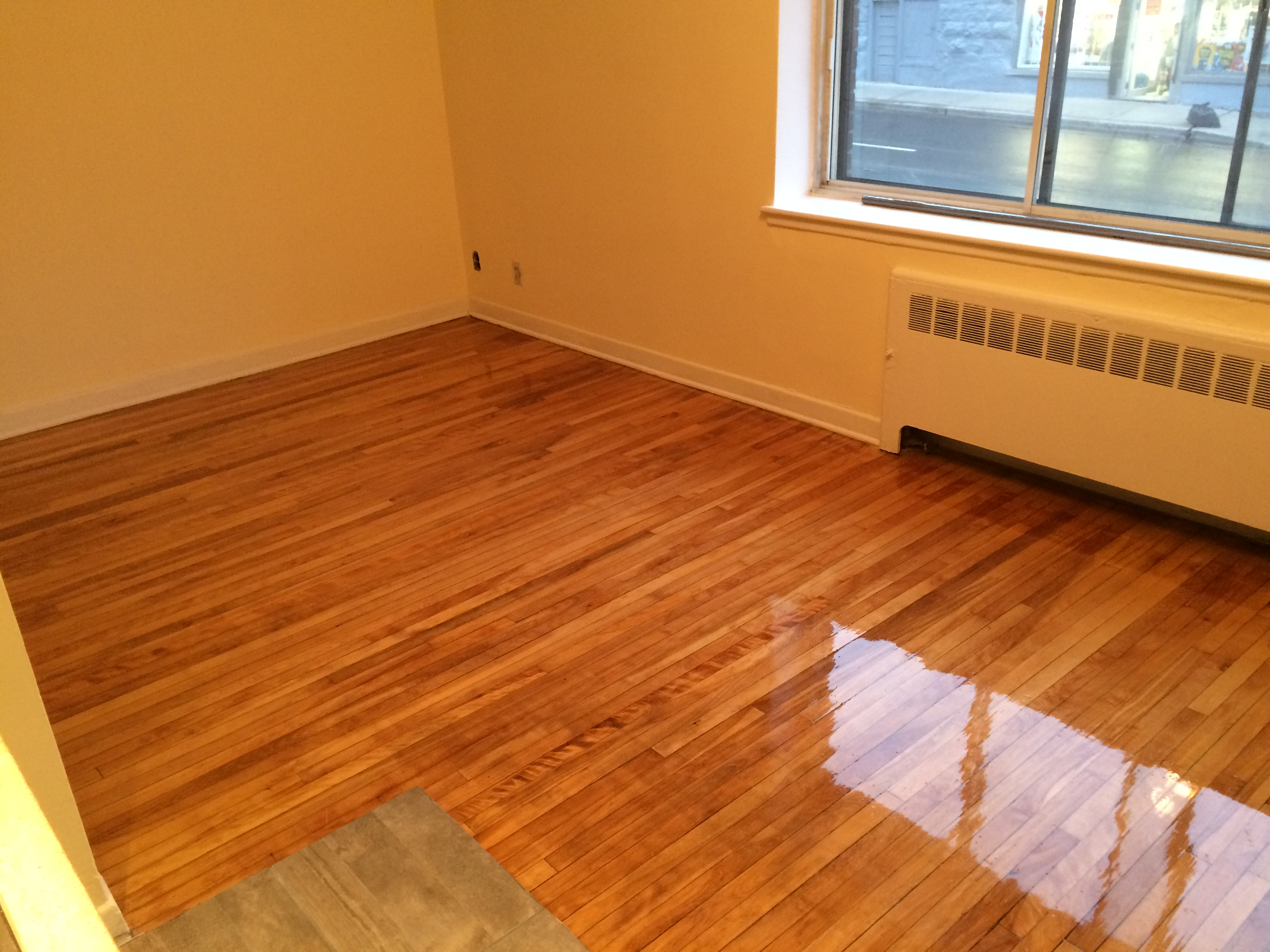 Studio / Bachelor Apartments for rent in Montreal (Downtown) at Chateau des Pins - Photo 04 - RentQuebecApartments – L6190