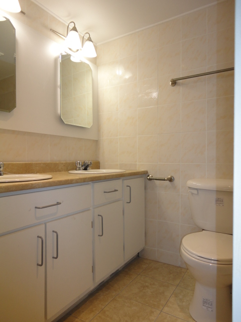 2 bedroom Apartments for rent in Montreal (Downtown) at 1650 Lincoln - Photo 04 - RentQuebecApartments – L3738