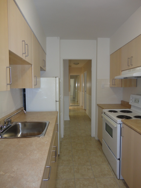 2 bedroom Apartments for rent in Montreal (Downtown) at 1650 LincolN - Photo 08 - RentQuebecApartments – L3738