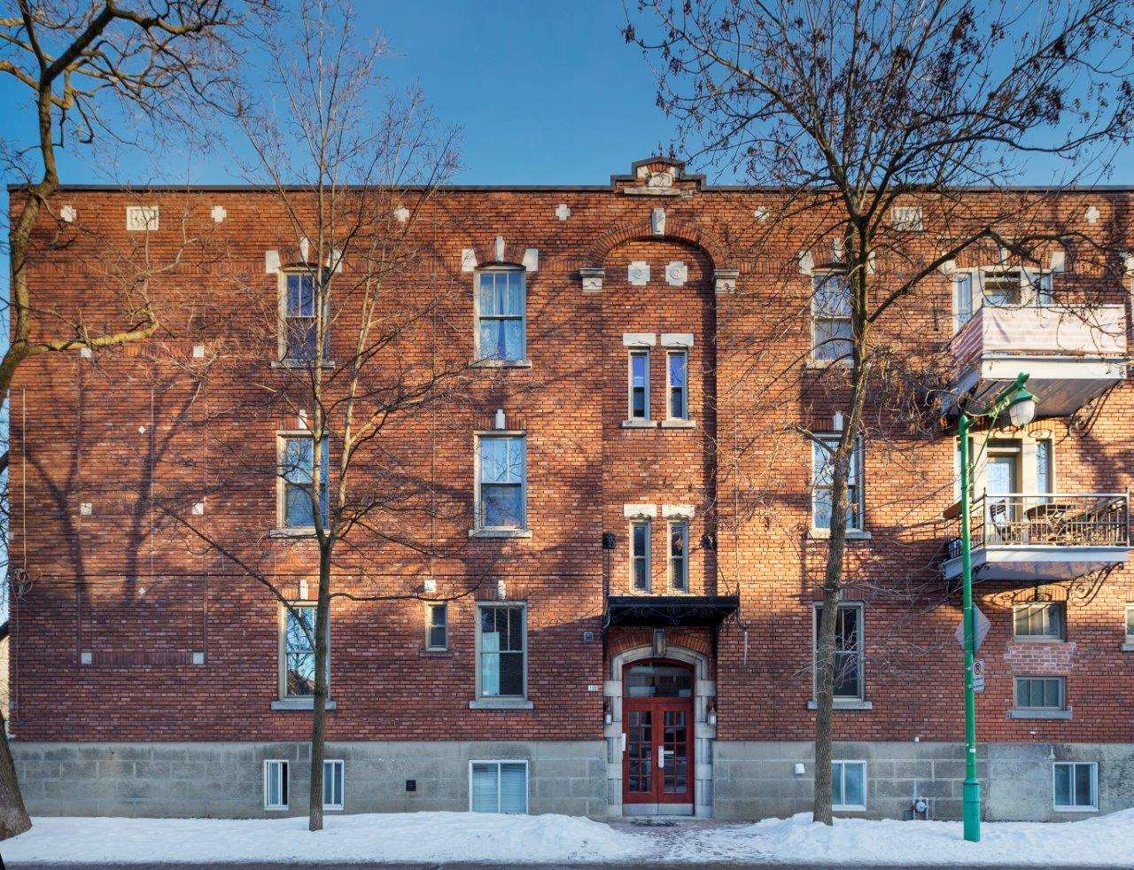 Studio / Bachelor Apartments for rent in Outremont at 1310-1314 Lajoie - Photo 02 - RentQuebecApartments – L209579