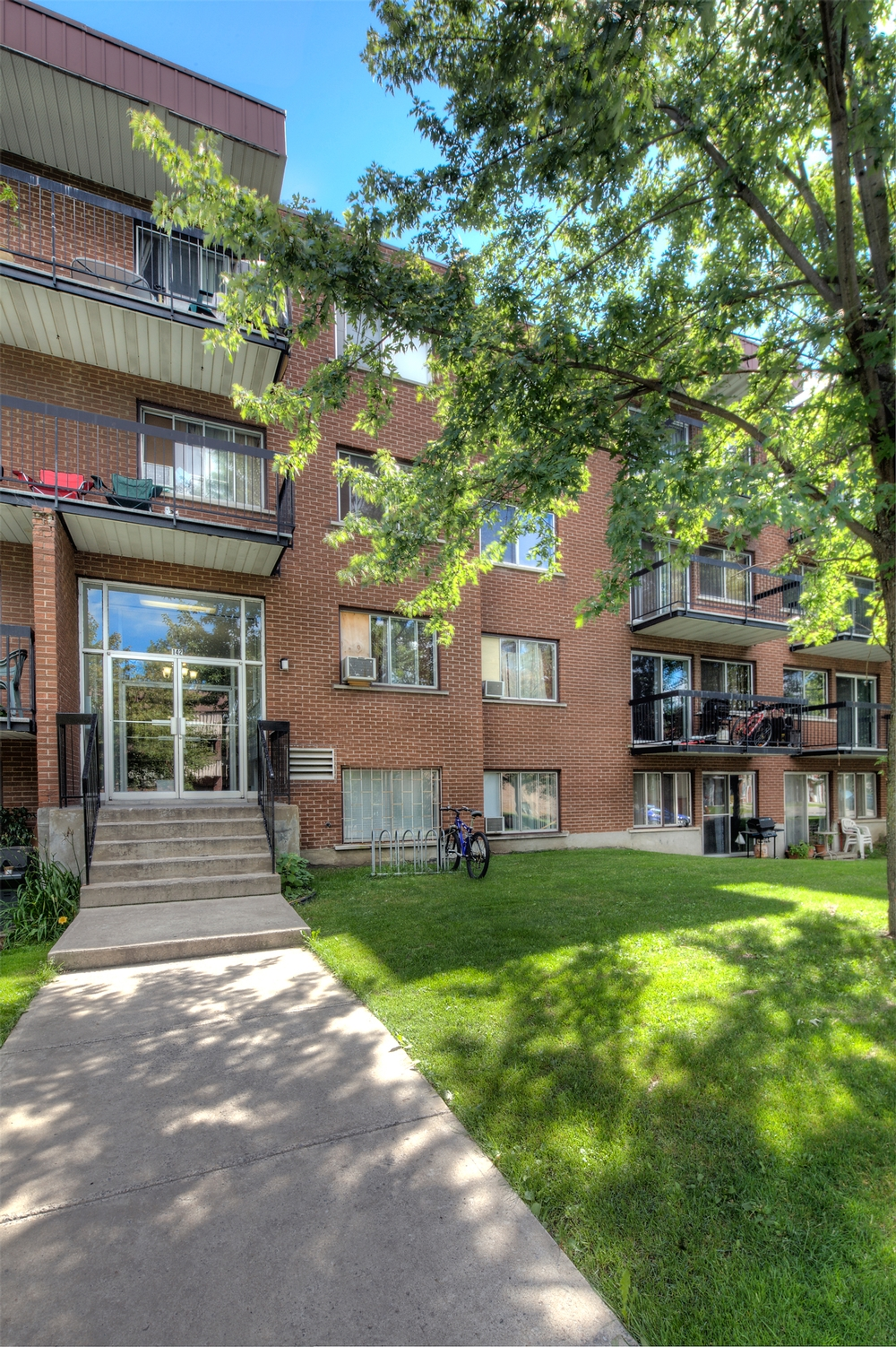 1 bedroom Apartments for rent in Chateauguay at Pasteur - Photo 03 - RentQuebecApartments – L9511