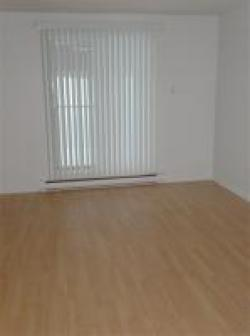 2 bedroom Apartments for rent in Longueuil at 555 du Roussillon - Photo 03 - RentQuebecApartments – L5891