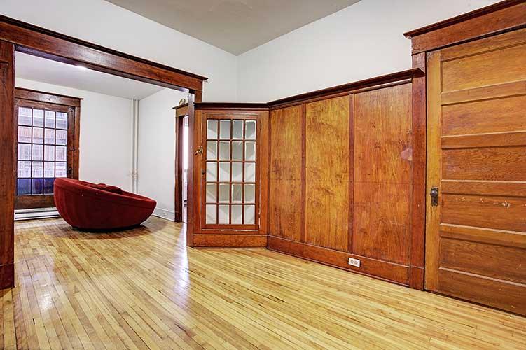 2 bedroom Apartments for rent in Westmount at 2054 Claremont - Photo 02 - RentQuebecApartments – L9824