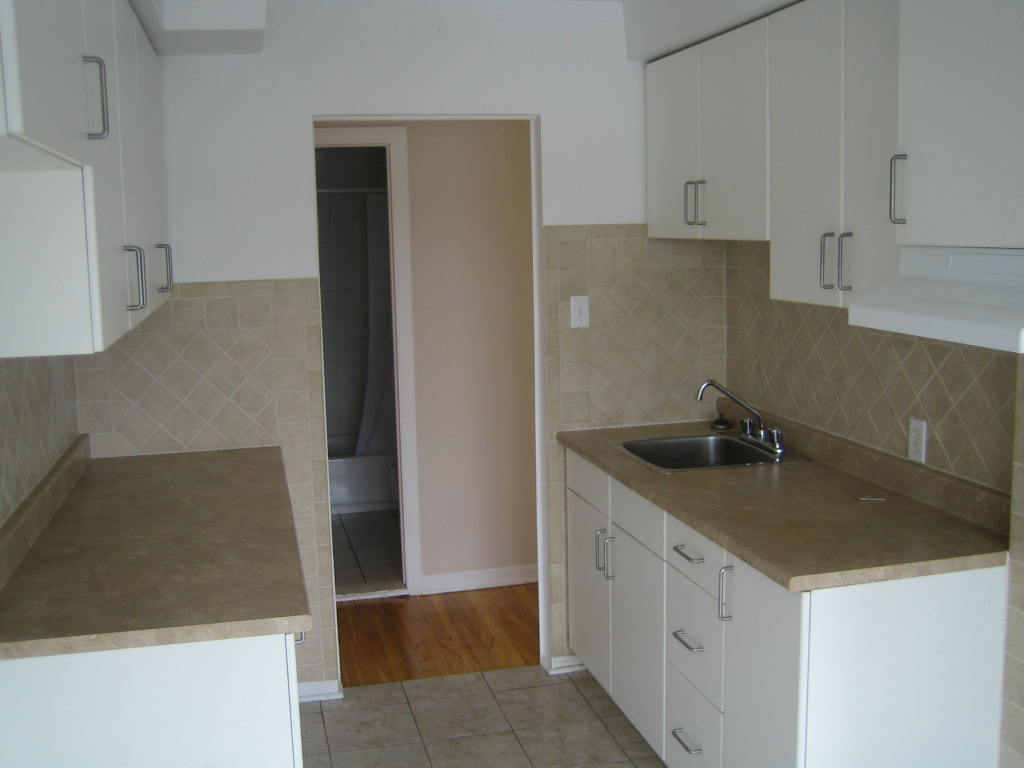 1 bedroom Apartments for rent in Ville-Lasalle at 1800 Shevchenko - Photo 08 - RentQuebecApartments – L3747